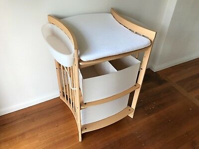 Stokke Change Table In Natural Colour With Baskets and Side Storage Containers