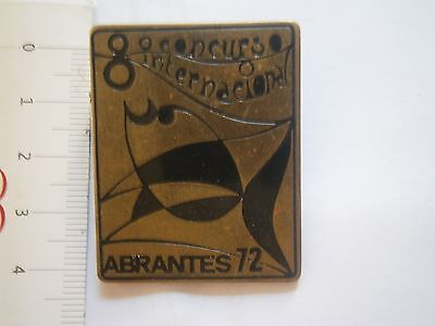 International Concours Fish Fishing Abrantes 1972 Badge Pin Portugal Angling
