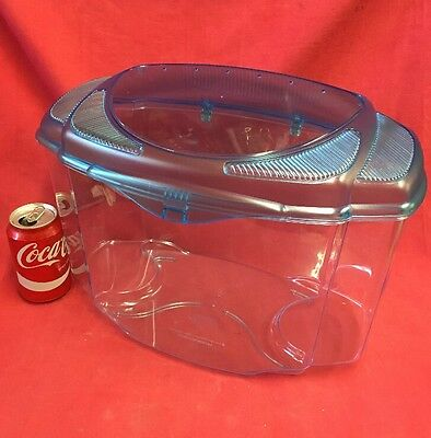 """Plastic Carrying Box 14 x 10 """" Removeable Vented Lid Transport Vets Rats Hamster"""