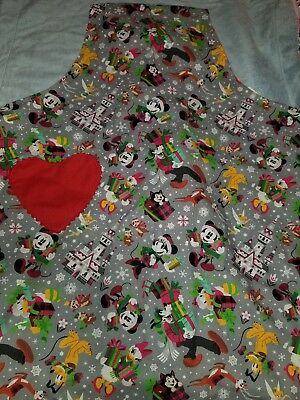 Disney Parks Mickey Mouse & Friends 2018 Holiday Christmas Apron New Item!