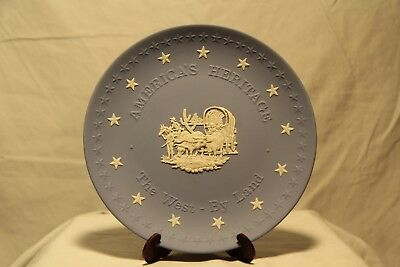 Wedgwood America's Heritage Blue & White Plate - The West * By Land