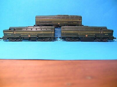 """N SCALE - 3 x Pennsy (KATO) """"SHARKS"""" - A.B.A.All powered with MTL couplings"""
