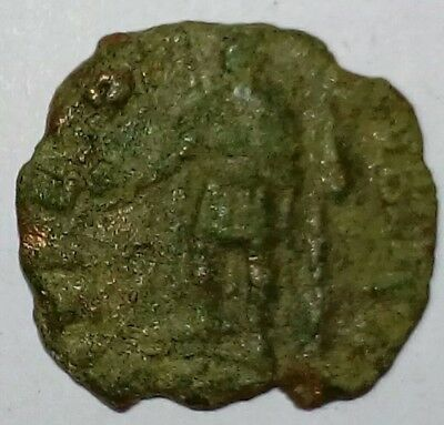 Roman Consatine Soldiers Standing 4th Century Coin