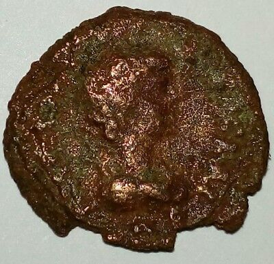 Roman Ceaser 4th Century Coin Woman With Sphere Rare