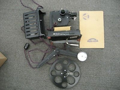 Vintage Astor 22 Projector 9.5mm with Transformer Collectors Item as not working