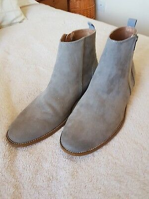 Mens Grey Chelsea boots Size 11