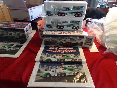 HESS TRUCK WITH AIRPLANE X2 with original bags