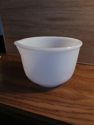 VINTAGE GLASBAKE #4 White Milk Glass Mixing Bowl w/Spout Made for SUNBEAM