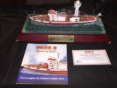 Code 3 Collectables Los Angeles City Fire Department Fire Boat 2 1/136th scale