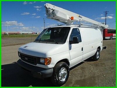 2006 Ford E350 XL Bucket Truck Used