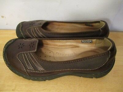 KEEN Women Size 8 Brown Leather Laser Cut Flower Mary Jane Flat Shoe
