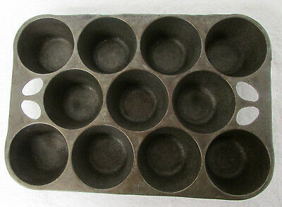VINTAGE Muffin Pan Cast Iron GRISWOLD WAGNER WARE 11 Cup ORIGINAL Antique RB5