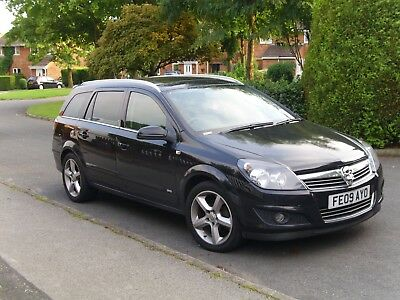 VAUXHALL ASTRA ESTATE SRI 1.8 16v WITH PANORAMIC ROOF 09 REG
