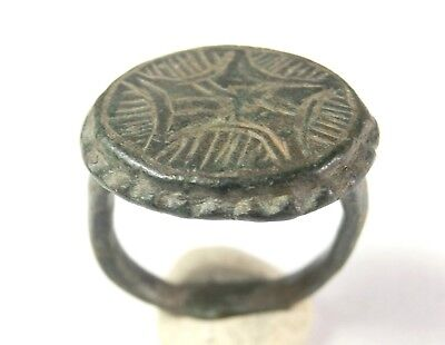 GENUINE ANCIENT ROMAN ORNATE ENGRAVED BRONZE RING 100 AD. - Wearable