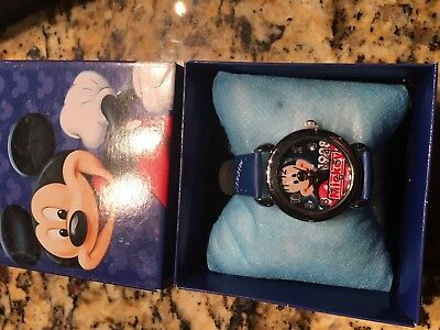 Mickey Mouse  Wrist Watch New With Collectors Box