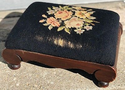"Antique Oak 15"" Rose Daisy Peony Floral Victorian Needlepoint Ottoman Footstool"