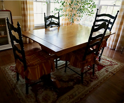 Beautiful Handmade Solid Oak Rectangle Expandable Trestle Dining Kitchen Table