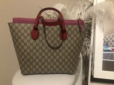 28c206061cf8 GUCCI GG SUPREME Tote-Shoulder Bag Hibiscus/Pink Color Made in Italy ...