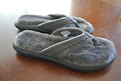 3cb13fb6e15992 LL Bean Sz 6 Womens Wicked Good Leather Shearling Lined Flip Flop Slippers  Gray