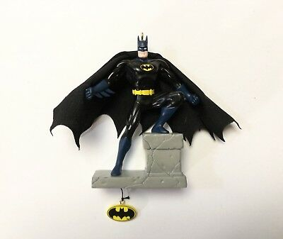 Hallmark Keepsake Ornament 2004 Batman The Caped Crusader Features Movement