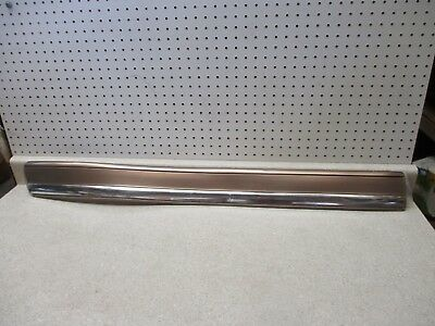 NEW 03-06 GM Chevy GMC Driver LH Front Door Side Molding Painted W/Chrome Strip