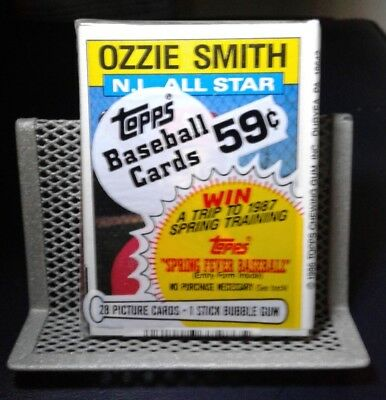Topps Unopened Baseball Cards 1986 Pack - Ozzie Smith on Top - Free Shipping