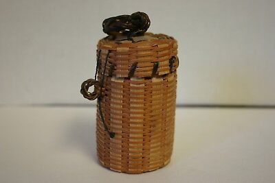Dollhouse Miniature Tall Wicker Laundry Basket with Lid