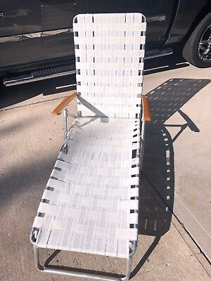 Vintage Aluminum Folding Lawn Chaise LOUNGE Chair Webbing Patio Camping WHITE