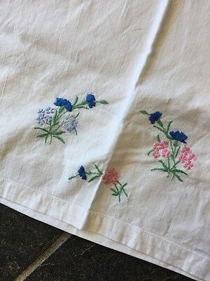 VINTAGE PAIR OF EMBROIDERED FLORAL PILLOWCASES BLUE PINK GREEN cornflower
