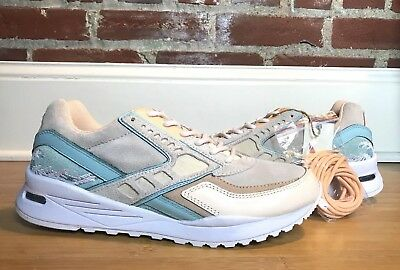 official photos 19535 84e22 Brooks X Pink Dolphin Tsunami Regent Cream Turquoise Size 8.5  129