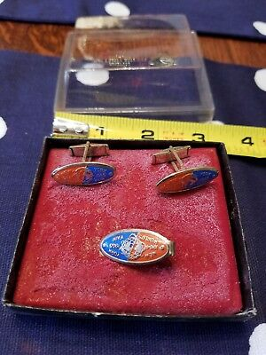 Vintage 1964 - 1965 New York World's Fair Cuff links! And tie clip