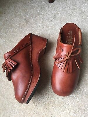 73c70d57775eb VINTAGE 70S PLATFORM leather clogs 1970s wooden mules slip ons 8 italy  hippie