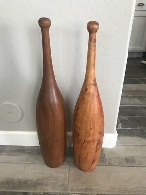 Pair Large VTG Wooden Exercise Clubs Juggling Pins