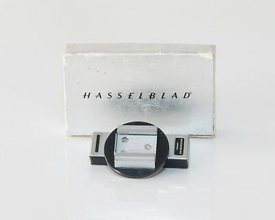 Hasselblad Adjustable Flash Shoe 43125 for V 500 series with PC sync cord