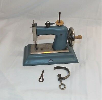 Vintage Casige Miniature Toy Sewing Machine with Clamp. MI Germany British Zone