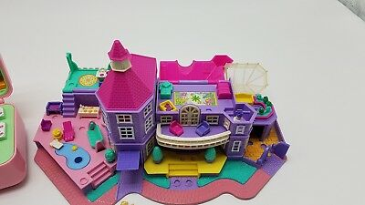 Polly pocket party poll Hotel  and mansion