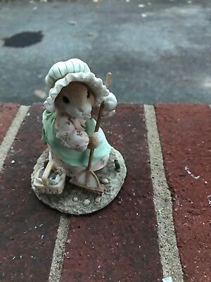 Enesco My Blushing Bunnies Priscilla Hillman Sow Kindness & You'll Reap Friendsh
