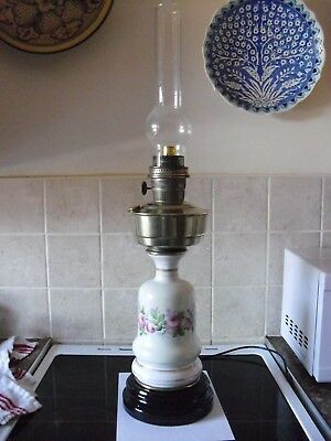 aladdin oil lamp with ceramic  ceramic base and converted to electric (now £60)