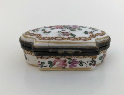 Antique Oval Staffordshire Porcelain Enameled Hinged Patch Trinket Box