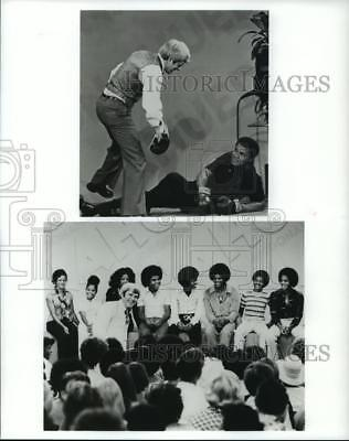 1992 Press Photo Television Host Phil Donahue with Muhammad Ali and Jackson Five