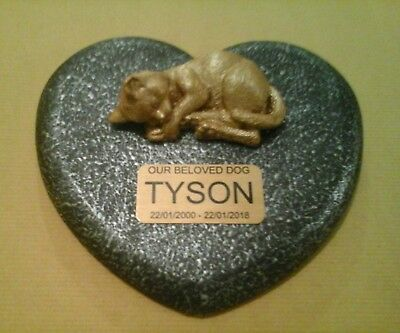 Cat Memorial  pet loss gift. Cat Loss Beloved pet -  Gravestone no 3