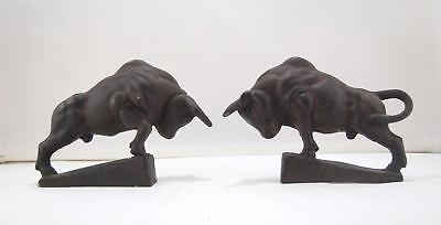 VTG Set of Contemporary Brown Cast Iron Metal Ox Oxen Cattle Bull Book Ends