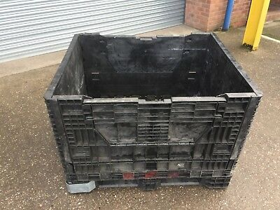 Heavy Duty Black Fold Down Collapsible Pallet Container For Shipping or Storage