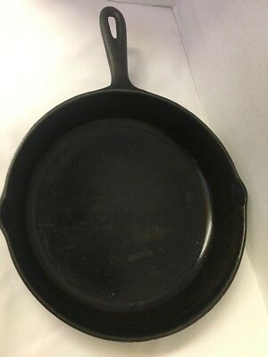 Vintage 10-5/8 inch  #8 Cast Iron Skillet stamped Made in U.S.A.