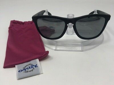 b37aee9e9bbb6 Authentic Oakley Frogskins Sunglasses Black Frame Black Iridium Polarized 24 -297