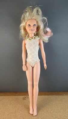 1980's Hasbro Glitter'n Gold JEM of the Holograms Original Outfit Doll 4001 #109