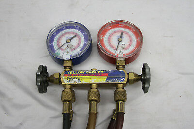 Yellow Jacket 2-Valve Test and Charging Manifold A/C Gauge Set w/ Hoses - (CR)