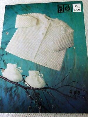 ORIGINAL VINTAGE  BELLMANS KNITTING PATTERN, No.1009 BABY'S JACKET & BOOTEES