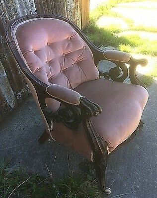 Victorian Walnut Spoon Back Armchair