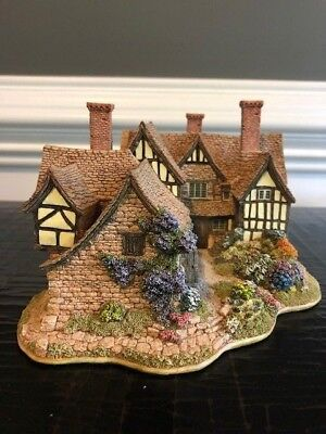 Lilliput Lane Cottage - The Almonry 1996 - Mint Condition - BNIB Founders Choice